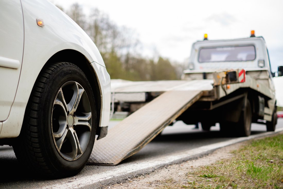 34 Years Established Auto Recovery & Repossession Business Tow Truck
